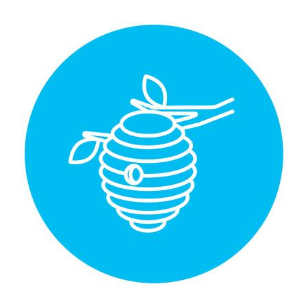 Web、モバイル、インフォ グラフィックの蜂ハイブ ライン アイコン。白い背景に分離された光の青い円の上の白いベクトルのアイコン。