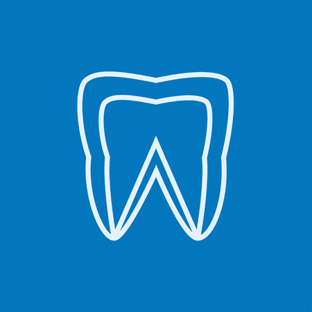 Molar tooth thick line icon with pointed corners and edges for web, mobile and infographics. Vector isolated icon.