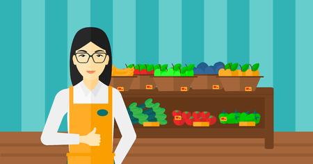 mujer en el supermercado: Un trabajador de supermercado asiático que muestra el pulgar hacia arriba en el fondo de los estantes con verduras y frutas en el supermercado ilustración vectorial diseño plano. disposición horizontal.