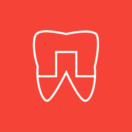 Crowned tooth thick line icon with pointed corners and edges for web, mobile and infographics. Vector isolated icon. Çizim
