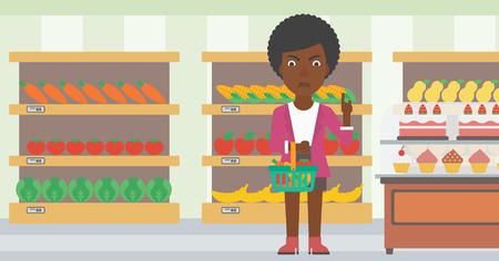 mujer en el supermercado: Una mujer afroamericana que sostiene una cesta llena de comida sana y se niega la comida chatarra en una ilustración de diseño plano supermercado vector de fondo. disposición horizontal. Vectores