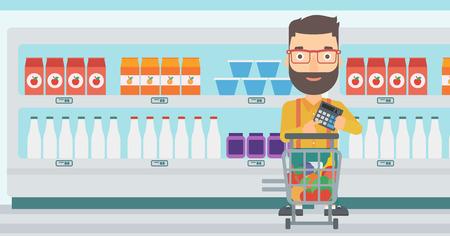 Un hombre inconformista de la barba de pie cerca de carrito de la compra y la celebración de una calculadora en las manos en el fondo de los estantes del supermercado con productos vector Ilustración diseño plano. disposición horizontal. Foto de archivo - 56521526