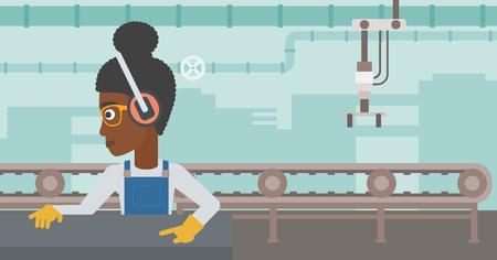 Una donna afro-americana che lavora su una pressa per metalli. Lavoratore in cuffie che fa funzionare la macchina della stampa del metallo all'officina. Donna che utilizza la macchina da stampa. Illustrazione di design piatto vettoriale. Disposizione orizzontale. Vettoriali