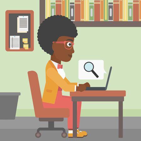 Una mujer afroamericana de negocios joven que trabaja en su computadora portátil en la oficina y una lupa sale de la pantalla. Concepto de búsqueda. Vector de diseño plano ilustración. de planta cuadrada. Ilustración de vector
