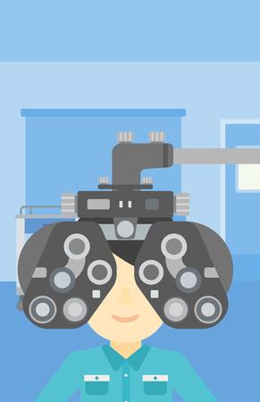 oculista: Hombre durante un examen ocular. Hombre que visita a un optometrista en el consultorio médico. El hombre de someterse a examen médico en el oculista. Vector de diseño plano ilustración. disposición vertical.