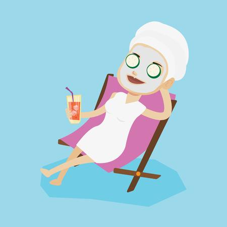 フェイス マスクと彼女の頭の長椅子で横になっているとカクテルを飲みにタオルを持つ女性。女性サロンでリラックス。美容トリートメントを持つ少女。ベクトル フラットなデザイン イラスト。正方形のレイアウト。 写真素材 - 63811058