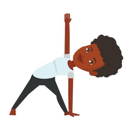 mujer deportista: African-american deportista de pie en el triángulo de yoga plantean. Deportista meditando en posición de triángulo de yoga. Mujer deportiva haciendo yoga. Vector ilustración de diseño plano aislado sobre fondo blanco.