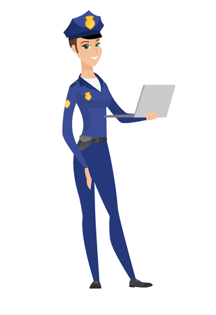 Caucasian police woman using laptop. 矢量图像