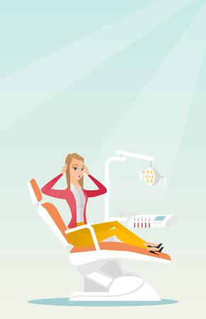 Bange vrouw zit in de tandstoel. Stock Illustratie