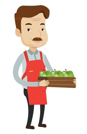Un lavoratore adulto di drogheria che tiene una scatola con le mele. Amichevole operaio caucasico di negozio di alimentari in piedi con una cassa piena di mele. Illustrazione di disegno piatto di vettore isolato su sfondo bianco.