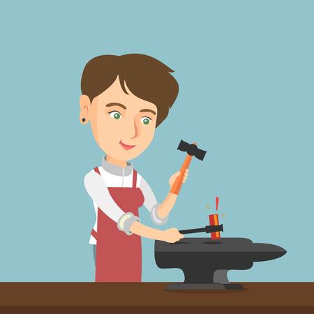Forgeron caucasien travaillant le métal avec un marteau sur l'enclume dans la forge. Jeune forgeron femelle forgeant du métal fondu sur l'enclume dans la forge. Illustration de dessin animé de vecteur. Disposition carrée.