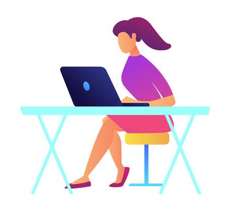 Weibliche IT-Spezialist mit Pferdeschwanz, der an Laptop an ihrem Schreibtisch arbeitet. Büroarbeitsplatz mit Laptop, junge Designerin und Entwicklerin, Programmiererkonzept. Auf weißem Hintergrund isoliert.