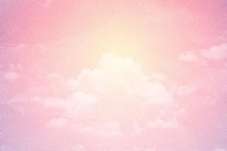 Wolke und Himmel im Pastellfarbzusammenfassungshintergrund mit Schmutzpapierbeschaffenheit Standard-Bild - 43691322