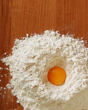 In de keuken zijn de voorbereidingen voor de maaltijd Stockfoto