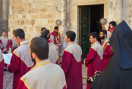 church of the holy sepulchre: ISRAEL, JERUSALEM - OCTOBER 29: Jerusalem is a city located between the Mediterranean and the Dead Sea.One of the oldest cities in the world. Square Church of the Holy Sepulchre in Jerusalem on 29 October 2016. Editorial