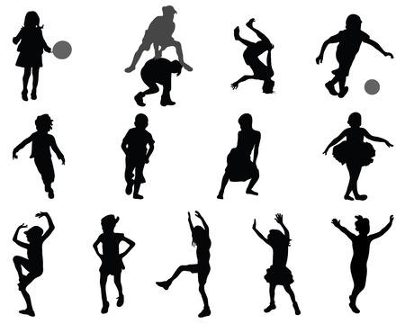hermanos jugando: Siluetas de los niños que juegan, vector Vectores