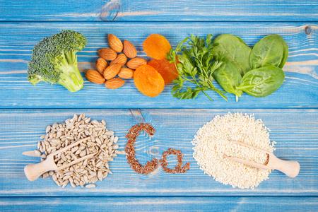 칼슘,식이 섬유 및 미네랄, 건강한 생활 습관 및 영양을 함유 한 성분 또는 제품