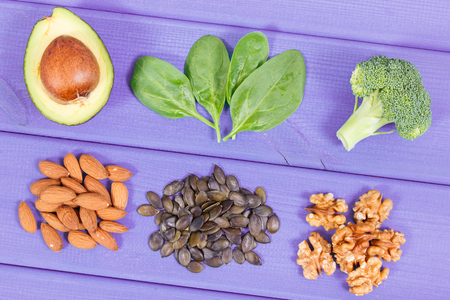 Natural sources of omega 3 acids, unsaturated fats and dietary fiber, concept of healthy nutrition Imagens