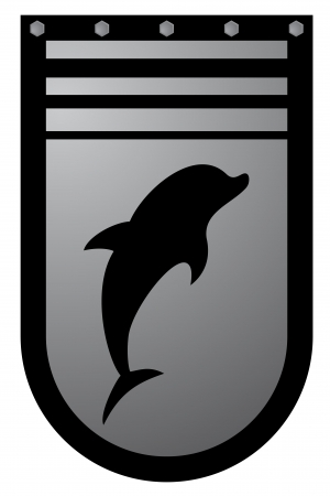 buckler: Dolphin emblem