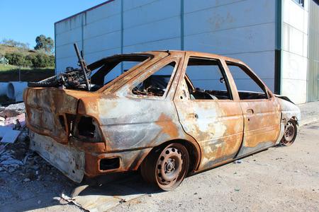 quemado: coche oxidado