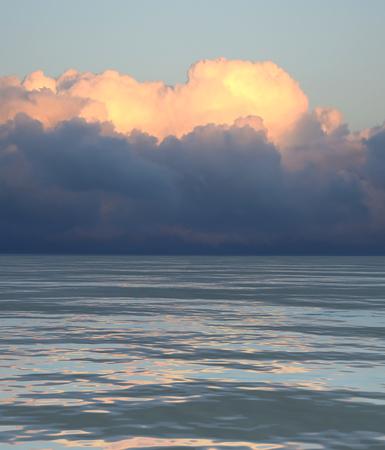 Ilustration of a sunset across the ocean, 3d render Banco de Imagens