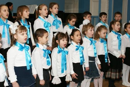 casting: Der Chor der M�dchen beteiligt sich an musikalischen Wettstreit an der Musikschule in Bereich Butyrsky in Moskau
