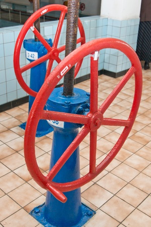 Old wheels of management of water pipes