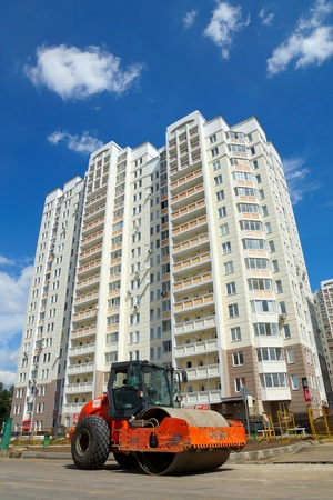 06 07 2012 Moscow, Marfino district. Construction of the new road Stock Photo - 15670498