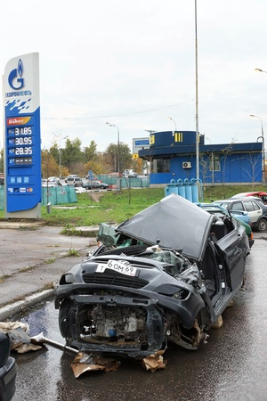 05.10.2012 Moscow. Parking of the broken cars.