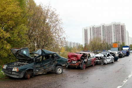 traffic police: 05.10.2012 Moscow. Parking of the broken cars. Editorial