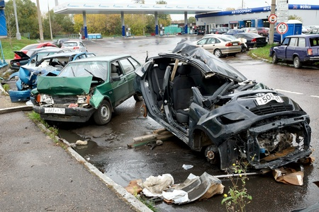 hassle: 05.10.2012 Moscow. Parking of the broken cars. Editorial