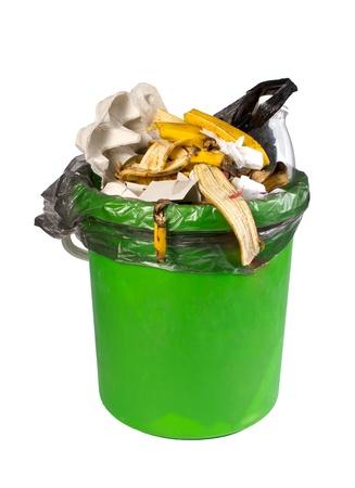 basura organica: cubo de basura, aislados en el blanco