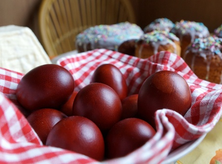 Easter eggs and Easter cakes on a table Stock Photo - 19534856