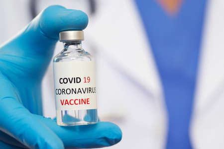 Doctors ready to vaccinate against Covid-19 to build immunity Imagens
