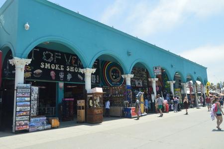 Crowd Of Souvenir Shops In Very Striking Buildings On The Beach Promenade Of Santa Monica. July 04, 2017. Travel Architecture Holidays. Santa Monica & Venice Beach. Los Angeles California. USA EEUU