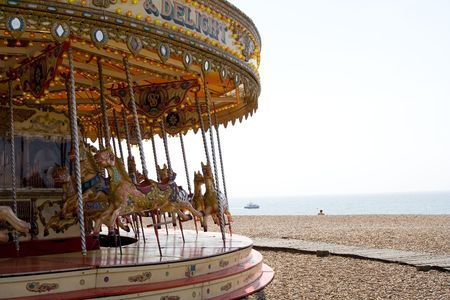 vertiges: Merry-go-round � Brighton beach