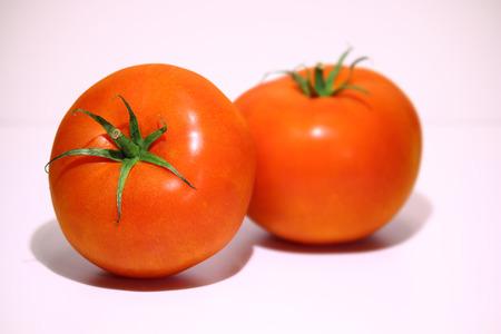 고기의:  2 meaty tomatoes