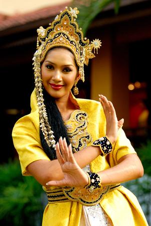 Mak Yong Dancer
