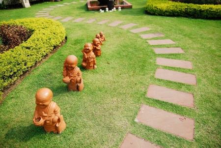 statuary garden: walk way in the garden Stock Photo