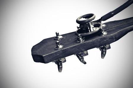 Check Guitar in vintage light