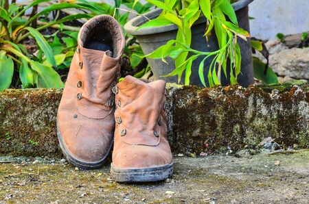 old shoes: Dirty old shoes