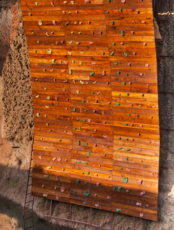 Artificial climbing wall wooden outdoor ,wall wooden for climbing