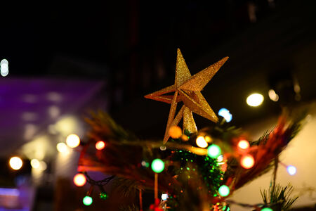 jewell: Golden star on Christmas tree