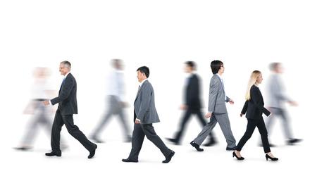 Groep Zaken Mensen Lopen in verschillende richtingen