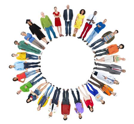 circulo de personas: Grupo de personas con varios Concept