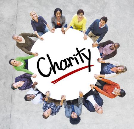 Multi-etnische groep van mensen en Charity Concepts Stockfoto