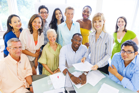 成功を楽しんでいる多様なビジネス部門の同僚のグループ 写真素材 - 29730659