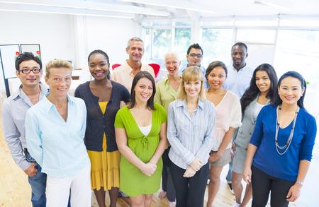 Grupo diverso de executivos