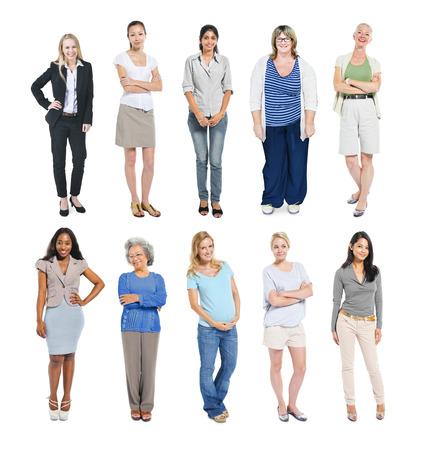 pretty woman: Groep van multi-etnische Diverse onafhankelijke vrouwen Stockfoto