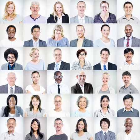 ansikten: Grupp av multietnisk Diverse Affärsmän